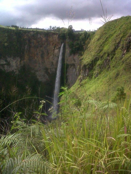 Sipiso Waterfall